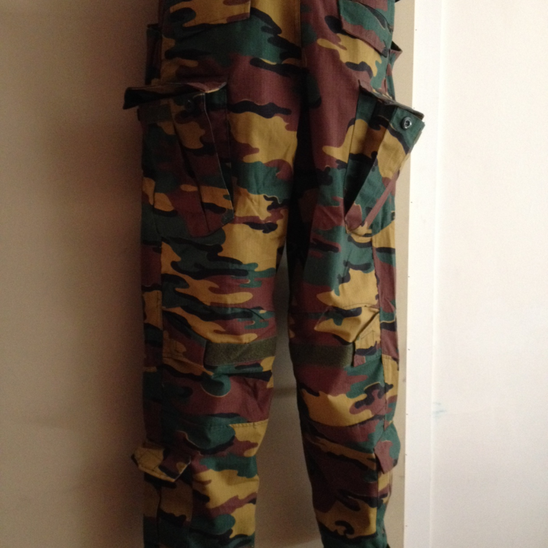 30759d06fba53 2 for 1 deal combat pants in ABL camo L - BFG Outdoor